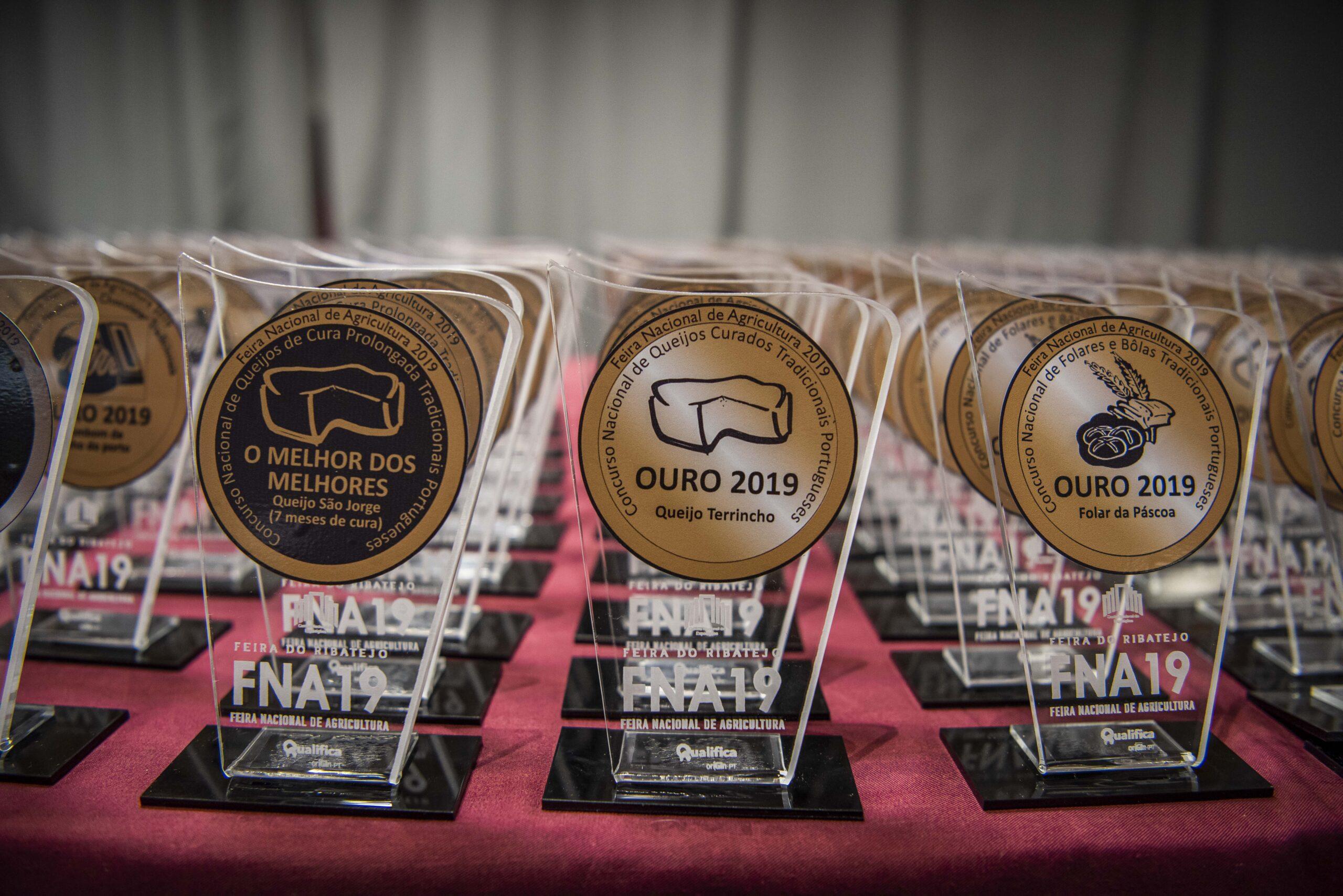 2019-Mesa-Premios1