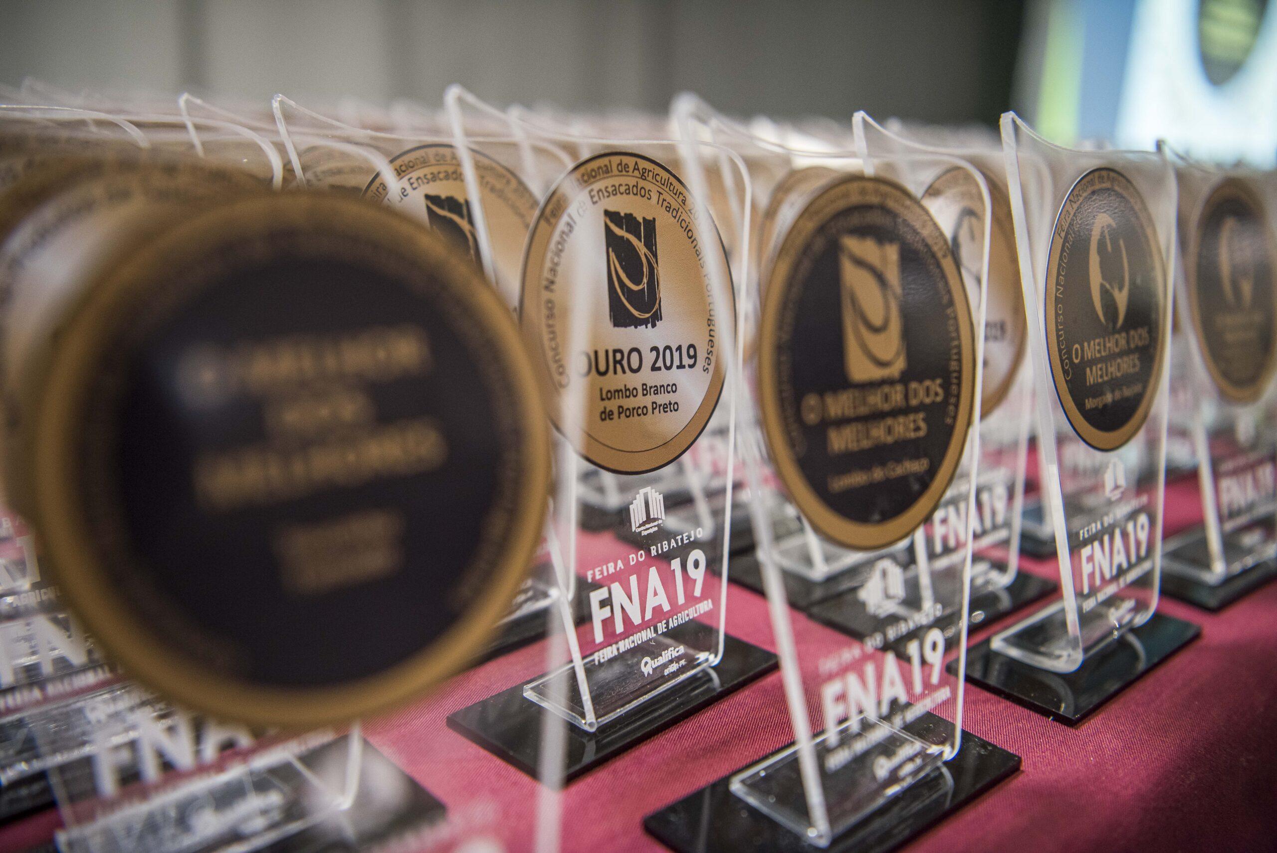 2019-Mesa-Premios3